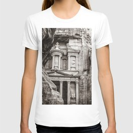 Petra   Black and White Al Khazneh (The Treasury) Incredible Archeological City Jordan T-shirt