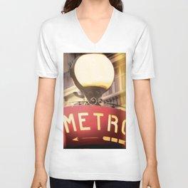 METRO Unisex V-Neck