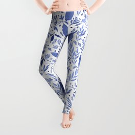 Delft Blue Floral Chinoiserie Foliage_Bloomartgallery Leggings