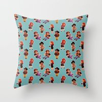 it crowd Throw Pillows featuring IT Crowd by SIINS
