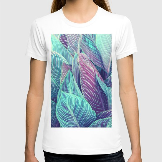 Tropical Leaves by shaundesign