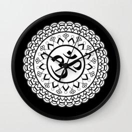 mandala om Wall Clock