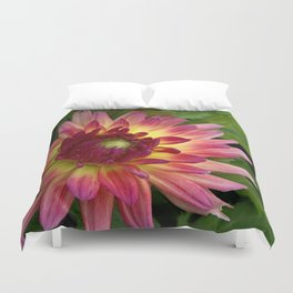 Purple Dahlia with leaves 68 Duvet Cover