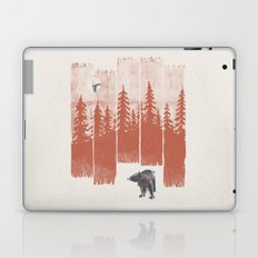 A Bear in the Wild... Laptop & iPad Skin