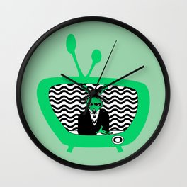 👽 MARS TV 📺  Wall Clock