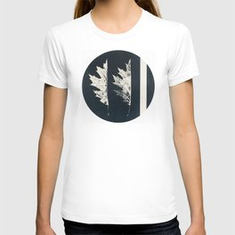 HERBARIUM. FORGOTTEN LEAVES. #9 T-shirt