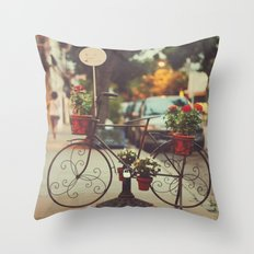 The bike with the flowers Throw Pillow