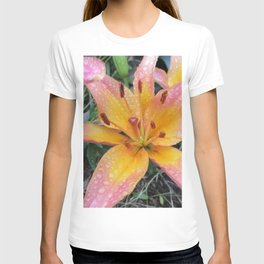 Lily after rain T-shirt