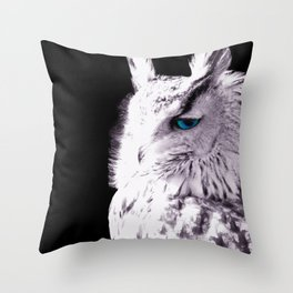 In sight of the owl  NEW VERSION!! Throw Pillow