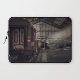 Couple in a Train Station Laptop Sleeve