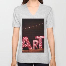 ART. Unisex V-Neck