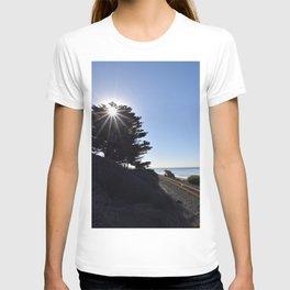 Sun, sky and rail. T-shirt