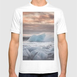 The Ice Cold Heaven - Landscape and Nature Photography T-shirt