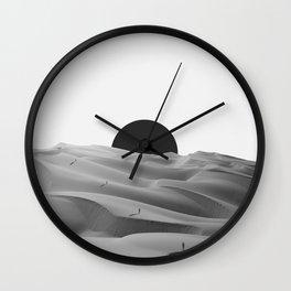 idle. Wall Clock