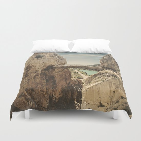 """The most dangerous trail in the world"". El Caminito del Rey Duvet Cover"