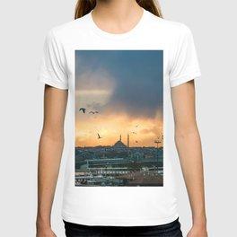Birds at Sunset | Istanbul Turkey Cityscape Night Skyline Beautiful Yellow and Orange Firey Sky T-shirt
