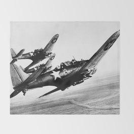 Vintage fighters Throw Blanket
