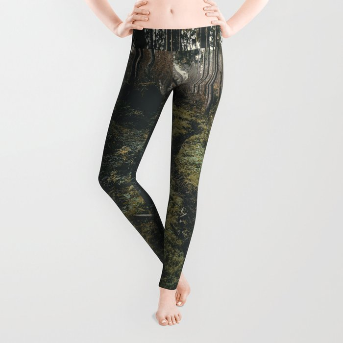 explore - Landscape Photography Leggings