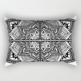 Mandala Fleur Rectangular Pillow