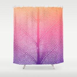 Simple leaf pattern in pink & violet gradient Shower Curtain