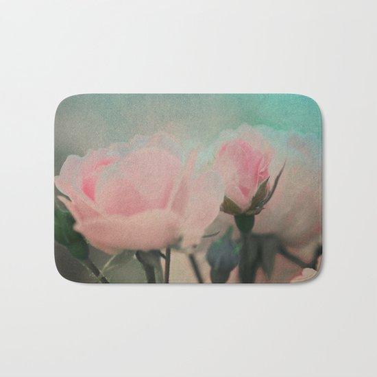 Vintage roses(9) Bath Mat