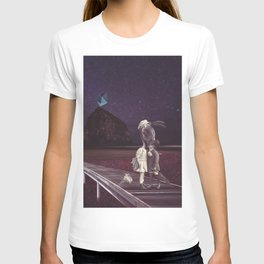 Kiss of love in space T-shirt