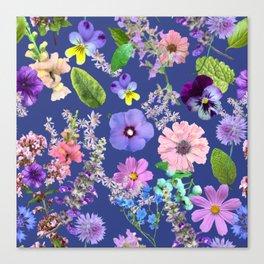 Loose flower cuttings Canvas Print
