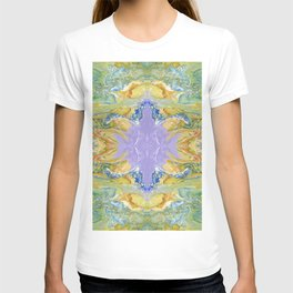 The Dragon Meetup at the Violet Orb of Wonder by annmariescreations T-shirt