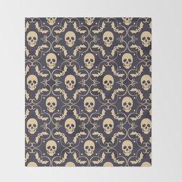 Happy halloween skull pattern Throw Blanket