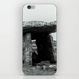 The Poulnabrone Dolmen - Ireland iPhone Skin