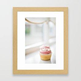 cupcake... Framed Art Print