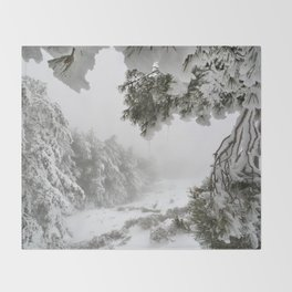 """""""Snowy forest"""". At the foggy mountains... Throw Blanket"""