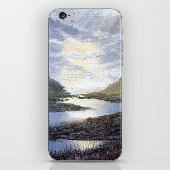 Winding iPhone Skin