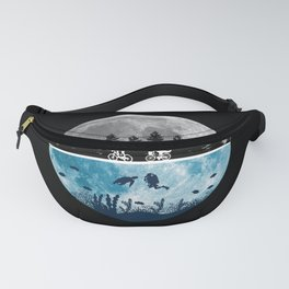 Close Encounters of the Moon Fanny Pack