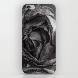 wilted roses iPhone Skin