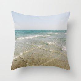 Two oceans meet Throw Pillow
