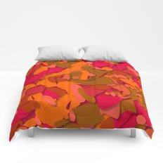 red camouflage Comforters