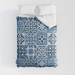 Classic Blue Tiles Comforters