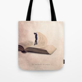 The page turner Tote Bag