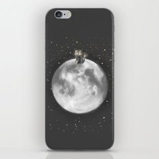 Lost in a Space / Moonelsh iPhone Skin