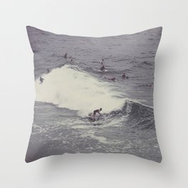 Surf in Arpoador Throw Pillow