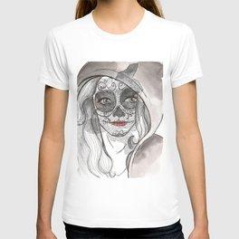Woman bones T-shirt