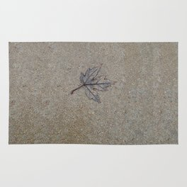 Lonely Leaf Rug