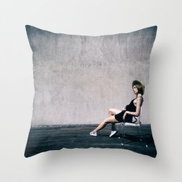 top model with hat Throw Pillow