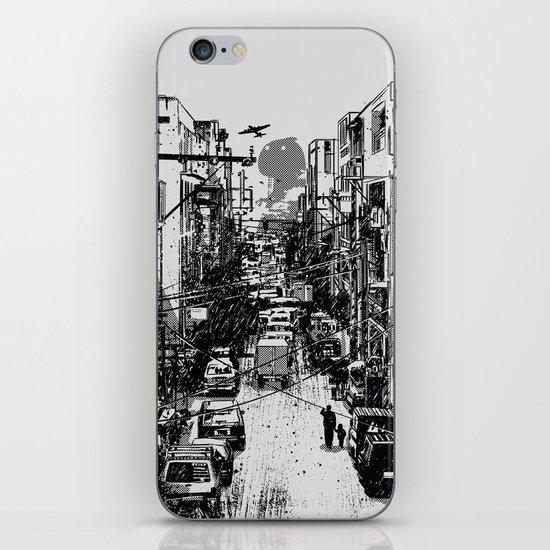 Something In Between iPhone & iPod Skin
