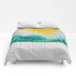 Magic of snow Comforters