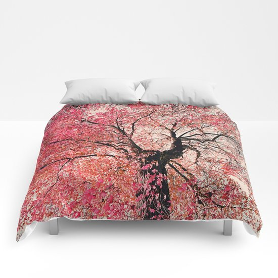 Red tree Comforters