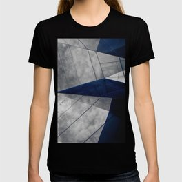 Confusion of triangles #01 T-shirt