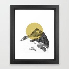GULD MÅL Framed Art Print