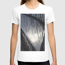 Decorative leafs T-shirt